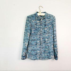H & M DIVIDED Denim Pearl Snap Shirt